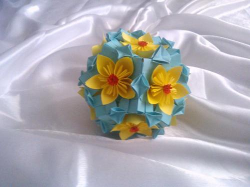 Glob decorativ flori