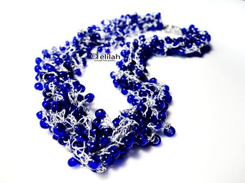 colier picaturi albastre